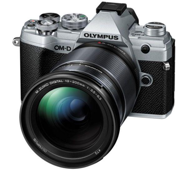 Olympus OM-D E-M5 Mark III kit (12-200mm)